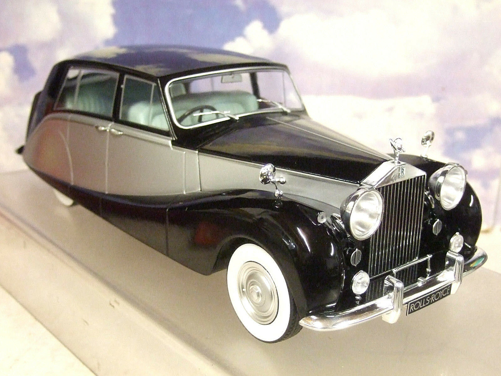 Mcg 1/18 Pressofuso 1956 Rolls Royce Argento Wraith Hooper Empress Nero e
