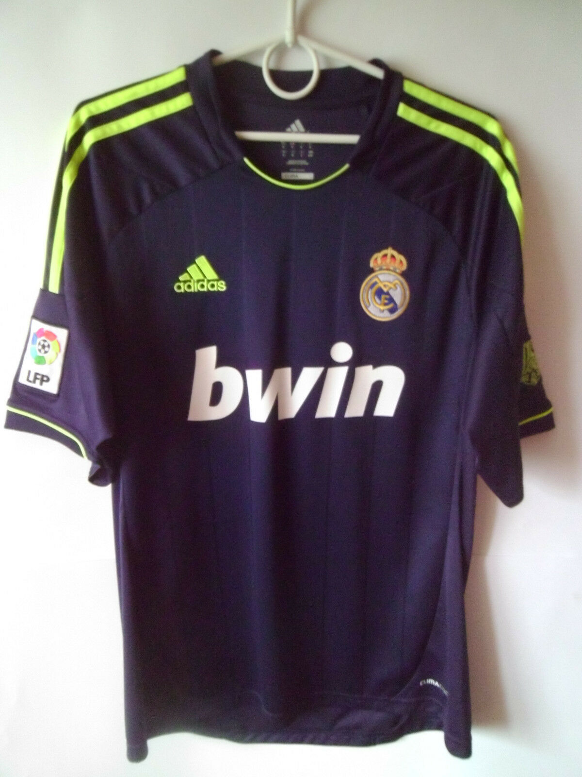 EXCELLENT    2012-13 Real Madrid Away Shirt Jersey Trikot M