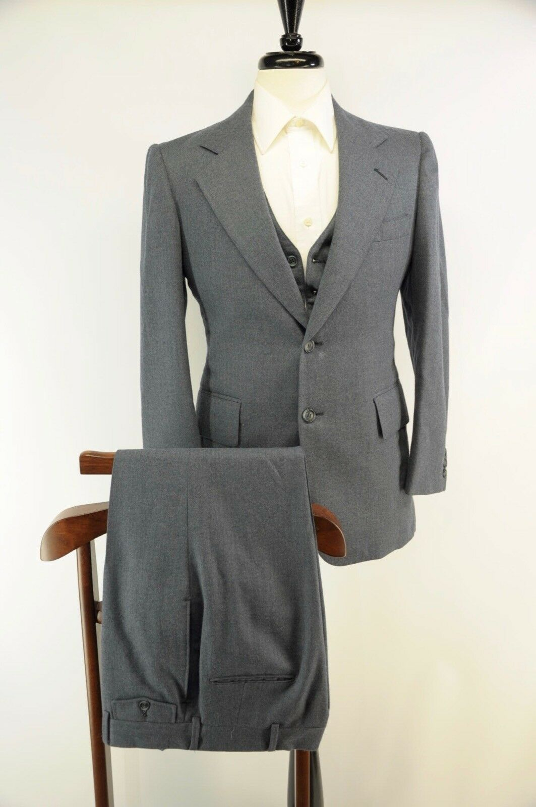 Vintage Navy Blau Flannel 3 Piece 2 Button Made in USA Flat Front Pants Suit 36R