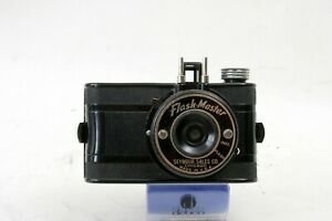 Seymour-Products-Flash-Master-127-Bakelite-camera