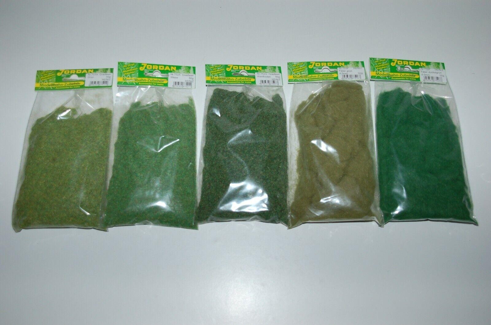 100 Gramm=€7,00 Inhalt 50 Gramm, Jordan 751 A ~ Grasfaser grün