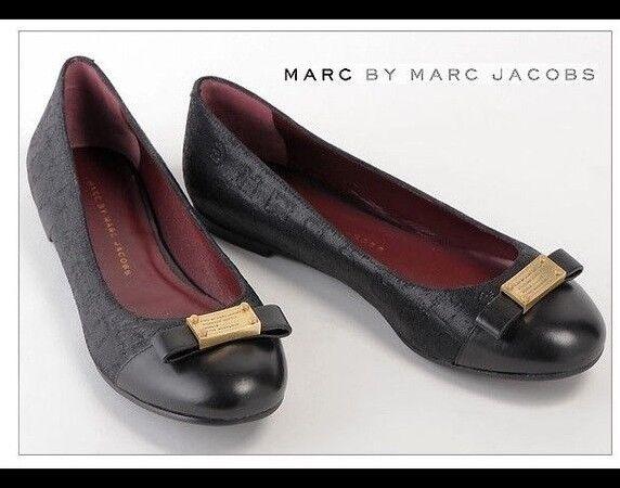 Marc by Marc Jacobs nero btuttiet flats; NIB; Sz 9.5;  195