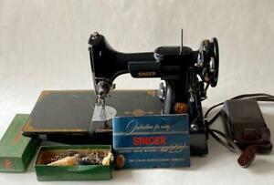 1949-Singer-Electric-221-Featherweight-Sewing-Machine-Accessories-Bakelite-Ctrlr