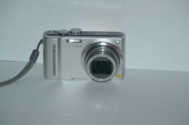 Panasonic LUMIX DMC-TZ8   12MP Digitalkamera - Silber