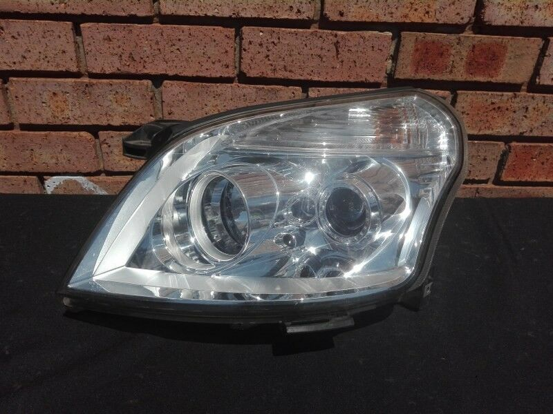 Foton Tunland Left Headlight