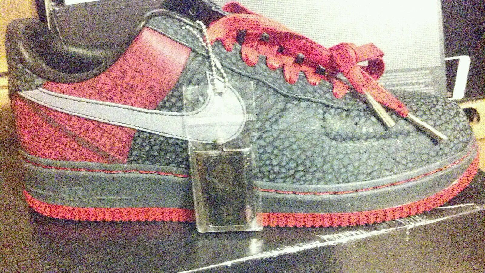 Nike Air Force 1 Supreme/ Moses Malone/ Elephant Print 3M Reflector/Sz. 11,13