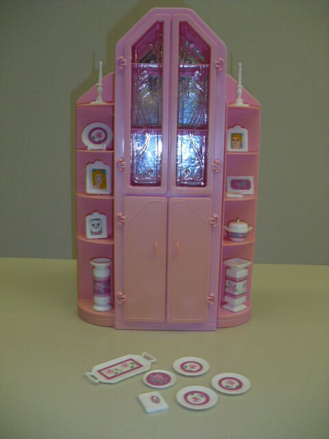 Barbie Living Pretty sweet Rosas Vitrine 80er Jahre Möbel  selten rar  | Düsseldorf Eröffnung