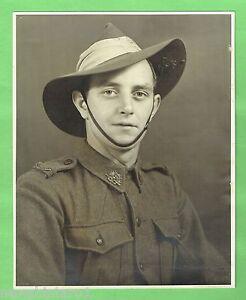 D172-1946-PHOTO-OF-AUSTRALIAN-SOLDIER