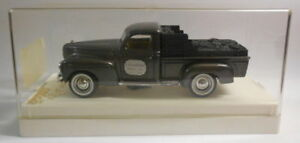 Solido-1-43-Escala-Modelo-de-Metal-SO18-Dodge-DEPANNEUSE-4424-039-J-Chobot-039