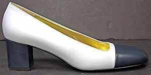 BRUNO-MAGLI-Womens-Pumps-sz-8-5-AA-White-amp-Blue-Leather-Cap-Toe-Heels-Shoes-WH49
