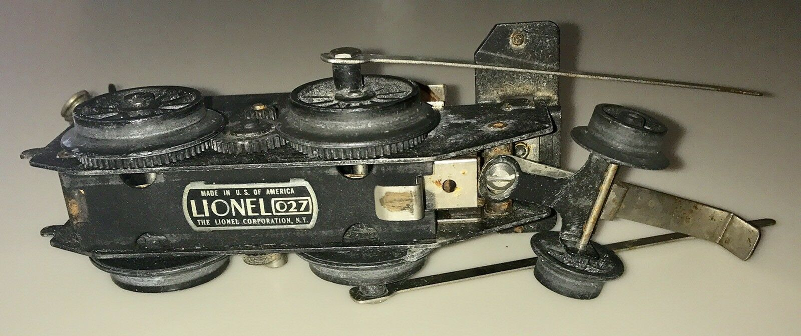 VINTAGE LIONEL TRAIN O27 LOCOMOTIVE INNER MOTOR PARTS ONLY