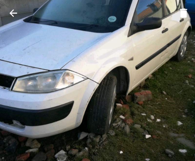 Renault Megane 2004 1.5dci stripping for parts
