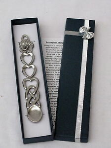 Welsh Daffodil design pewter WELSH LOVE SPOON  Wales  Cymru - Swansea, Swansea, United Kingdom - Returns accepted Most purchases from business sellers are protected by the Consumer Contract Regulations 2013 which give you the right to cancel the purchase within 14 days after the day you receive the item. Find out mo - Swansea, Swansea, United Kingdom