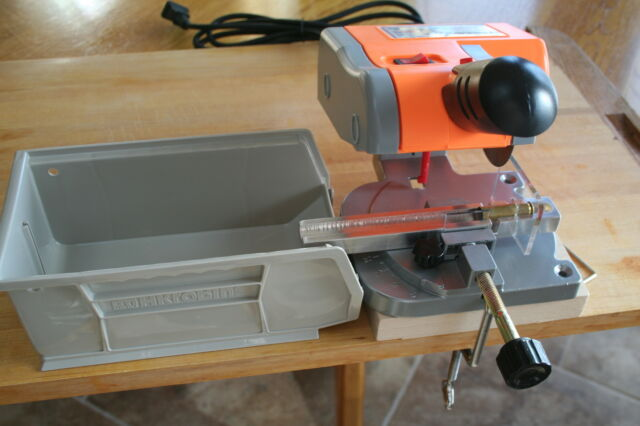 Deluxe Saw Pkg with 300 AAC Blackout Case Cut Off and Trim Jig & Accessories