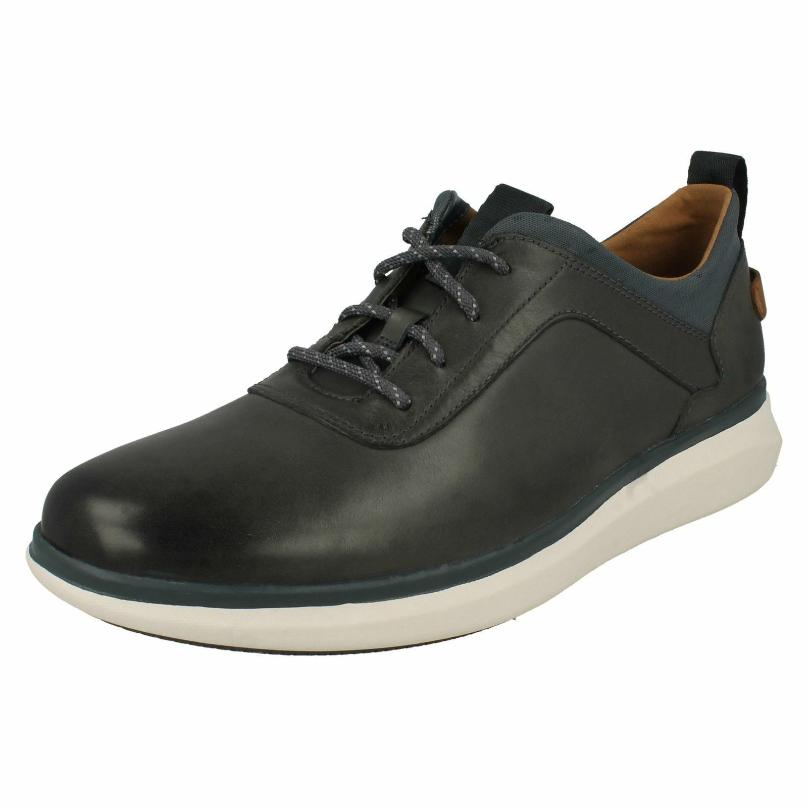 Mens Clarks Lace Up Casual shoes, Un Globe Vibe