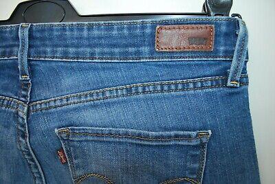 Di Carattere Dolce Vintage Women's Blue Jeans Levi's Classic Rise Bootcut W 31 L 32 Chiusura Zip-mostra Il Titolo Originale