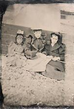 ORIG VICTORIAN Tintype / Ferrotype Photo c1860s THREE YOUNG GIRLS AT THE SEASIDE
