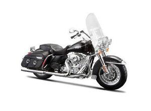 Maisto-Modele-reduit-de-moto-Miniature-Harley-Davidson-2013-FLHRC-Road-King-1-12