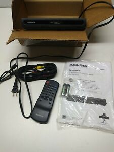 Silver Magnavox TB100MG9 Digital to Analog TV Converter Box Analog ...
