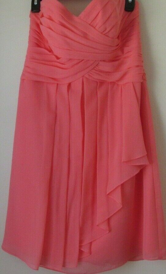 Ladies Short Crinkle Chiffon Dress Size 10 Coral with Front Cascade Back Zipper