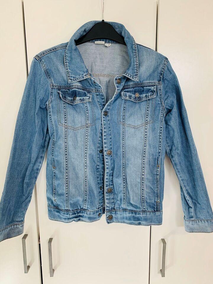 Jakke, Jean jacket, Name it