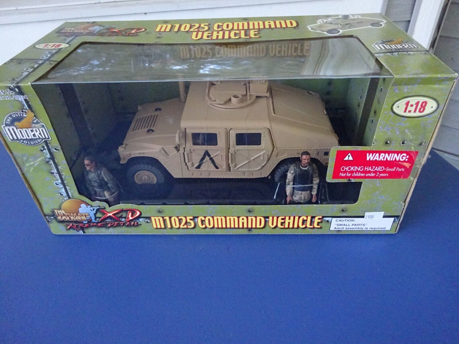 2004 21th Century Toys M1025 Command Vehicle 1:18 Mint in Sealed Box