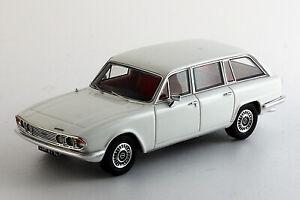 Triumph-2000-Estate-Mk2-Blanc-1-43eme-SM43201-w-Silas-Models