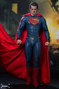 Hot Toys 1/6 Figurine Superman Man Of Steel - À collectionner