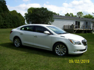 2015 BUICK LACROSSE ( PRICE REDUCED )