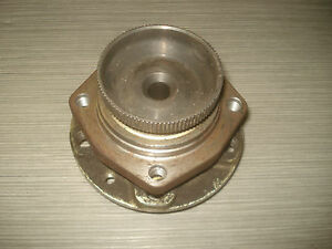 Ferrari-Radnabe-355-348-512-Radlager-Nabe-vorne-Front-Bearing-Wheel-Hub-OEM