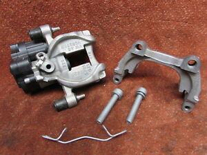 8V0615423D-Bremssattel-Parkbremse-hinten-links-VW-Touran-II-T-ROC-original