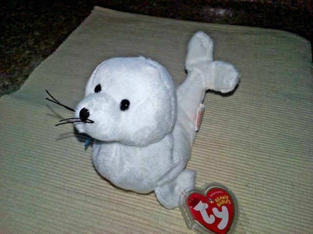 Ty Beanie Baby ~ ICING the White Seal 6.5 Inch MWMT