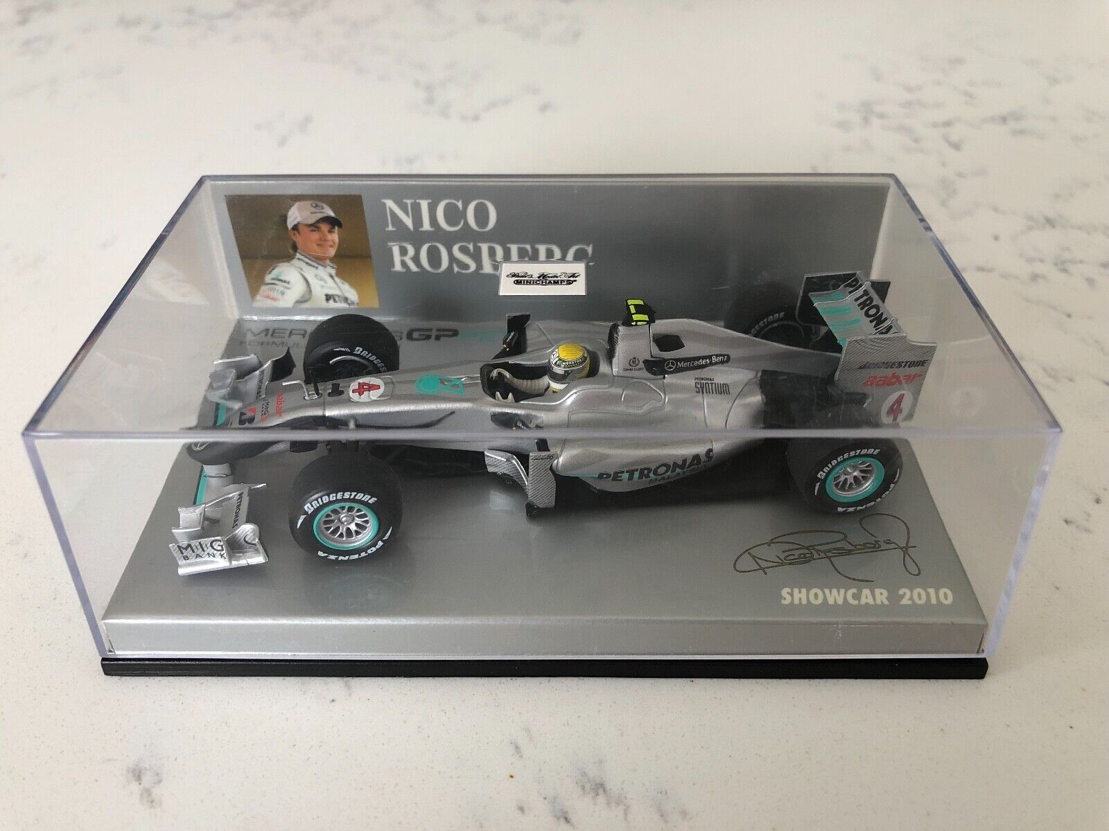 Minichamps Mercedes GP F1 TEAM Car 2010-Nico Rosberg échelle 1 43
