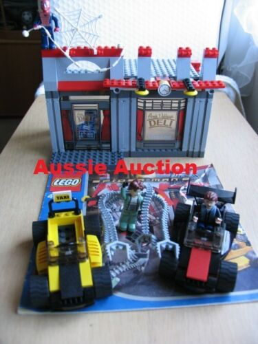 LEGO 4860 Spidermans Cafe Attack VERY RARE