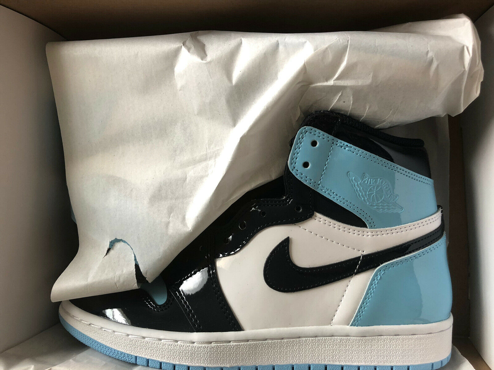 Nike Air Jordan 1 Retro High OG Women Athletic Shoes- Blue Chill, Size 8