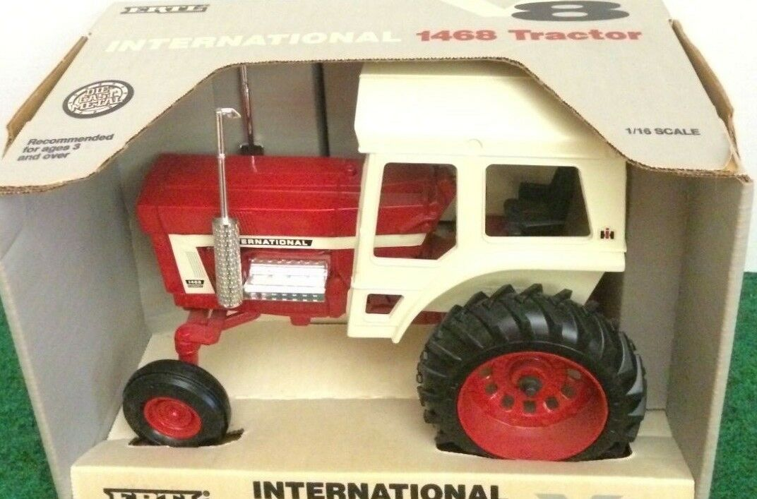 1468 Tracteur International 1993 New in Box