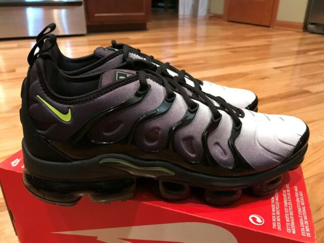 new concept bbe52 cada4 Nike Air Vapormax Plus Neon Mens 924453-009 Black Volt Running Shoes Size 12