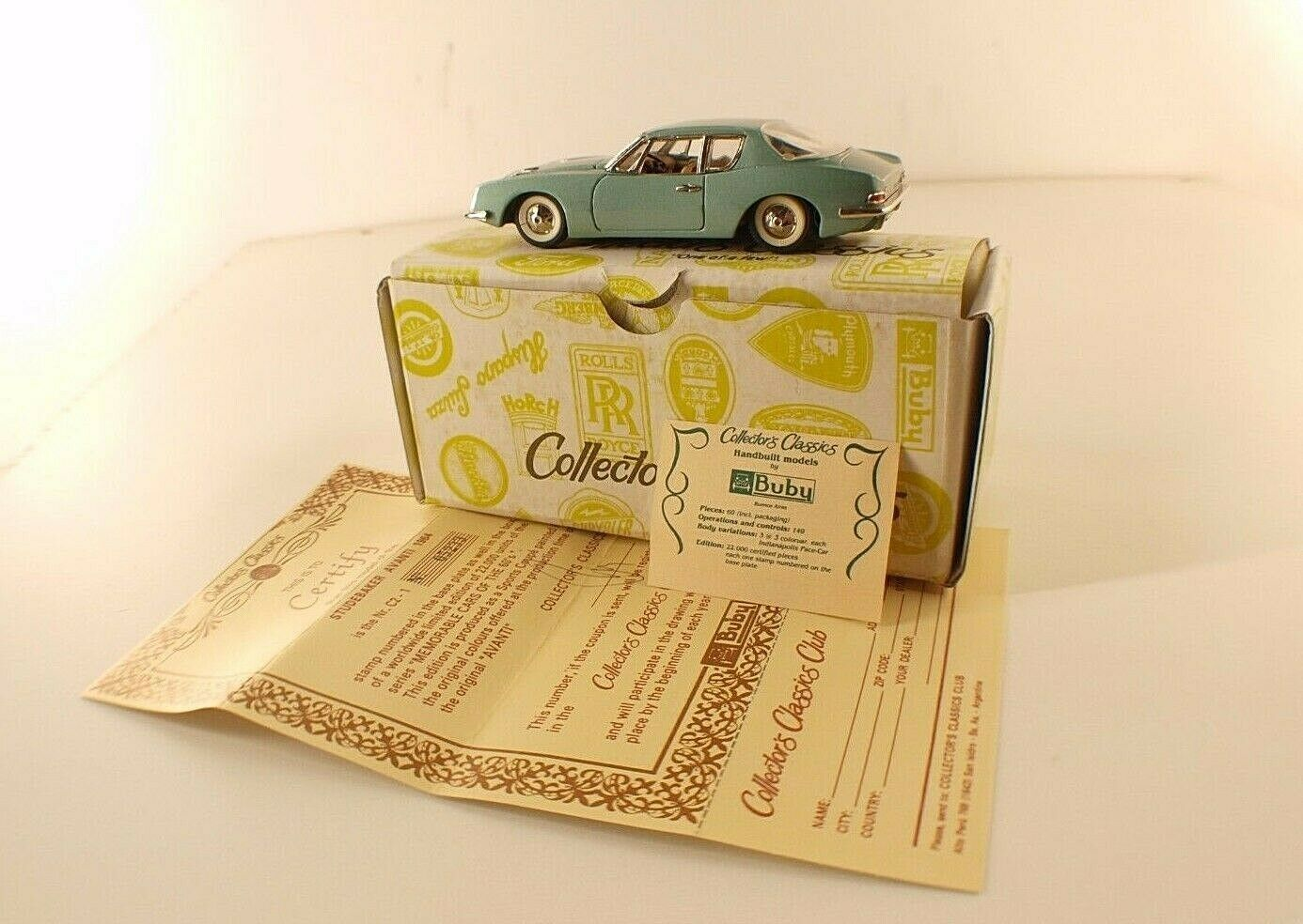 BUBY Collector's Classic silverine n° C2-1 Studebaker Avanti 1964 neuf 1 43