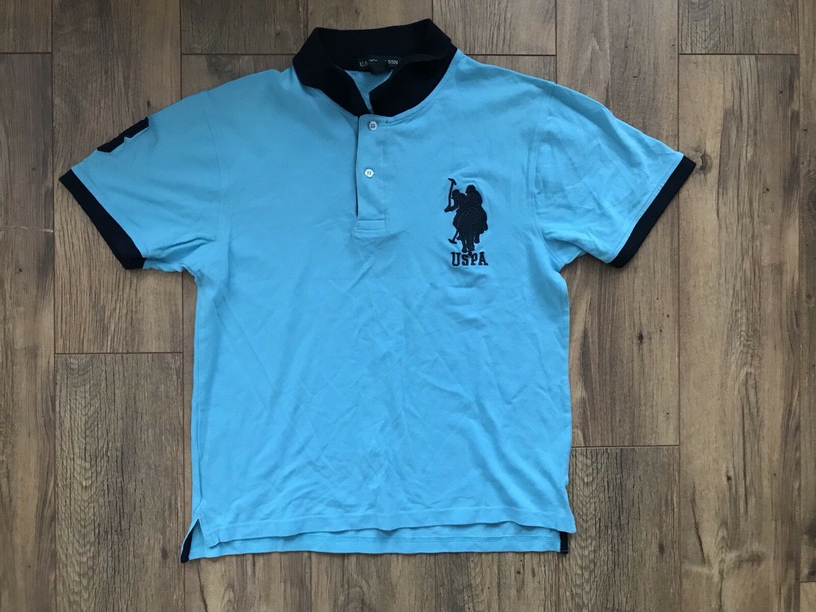 Polo bluee T-shirt Size L