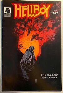 HELLBOY-THE-ISLAND-2-English-7-0-VERY-FINE-DARK-HORSE-Comics-2005