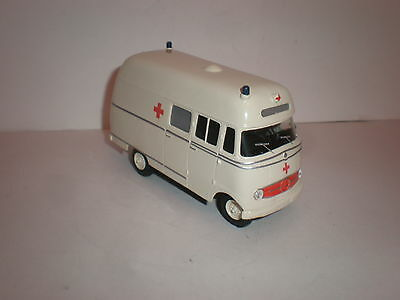 1/43 Mercedes Benz L.319 ambulance 1950's