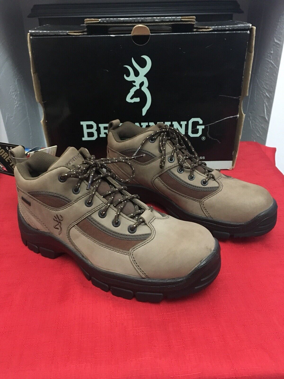 Browning Sporting Walking shoes Size 7 In Light Brown