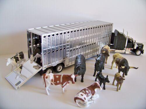 Kenworth Livestock Trailer 10 pc Farm Animal Cattle Cows Potbelly 1:43