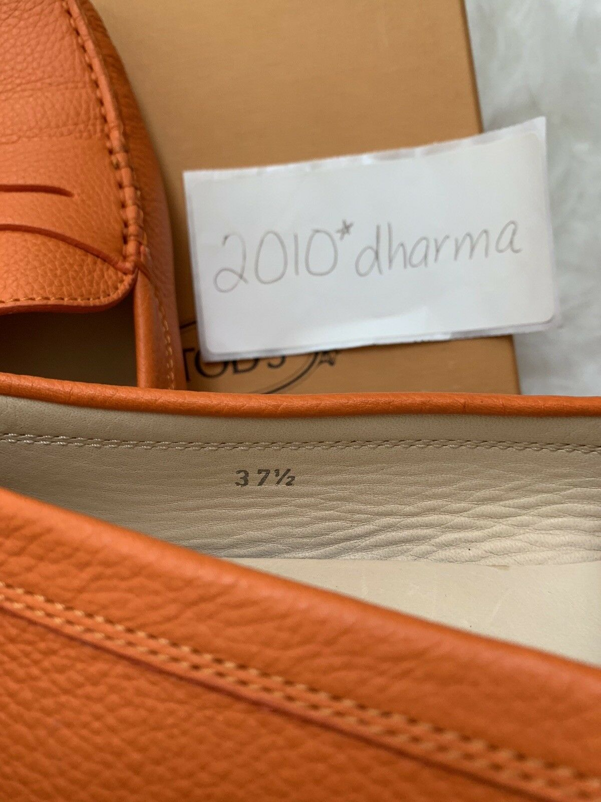 Authentic Authentic Authentic NIB Tod's Moccasins 37.5 Leather 4e13f7