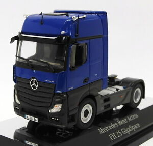 NZG-1-50-Scale-844-06-Mercedes-Benz-Actros-FH25-GigaSpace-4x2-Blue