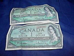 LOT OF 2 1954 BANK OF CANADA ONE DOLLAR BILLS