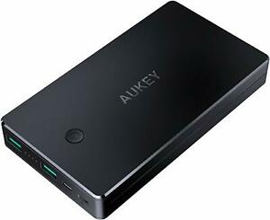 Powerbank 20000mAh Externer Akku, 2 USB Ausgänge, 1 Mini-USB & Lightning-Eing