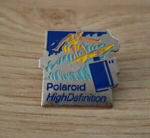 Pin's - POLAROID High Definition (760)