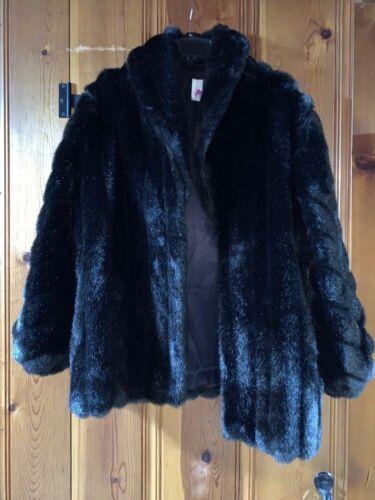 Plus Size Women's Faux Fur Coat