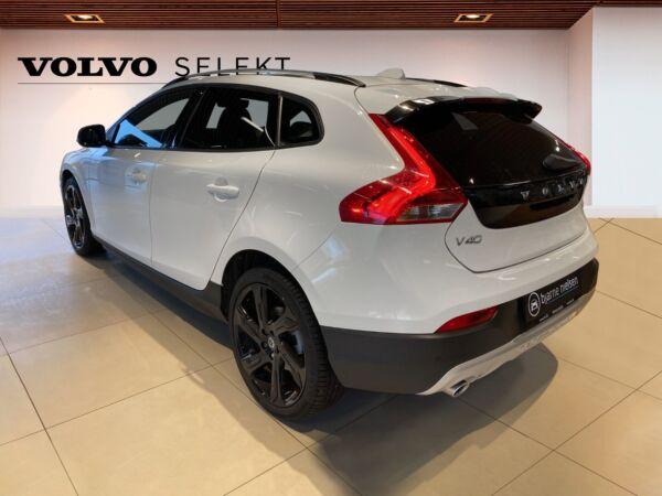 Volvo V40 CC 1,5 T3 152 Momentum aut. - billede 2